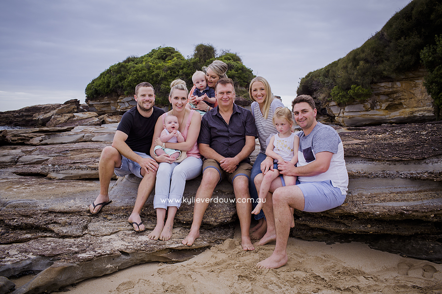 Extended family session Durras beach
