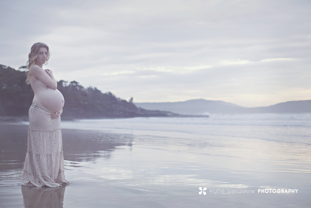 Serene maternity shot Cookies beach